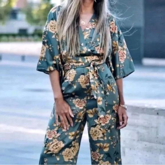 f3bdf8adde19 Zara Green Floral Kimono Jumpsuit NWT